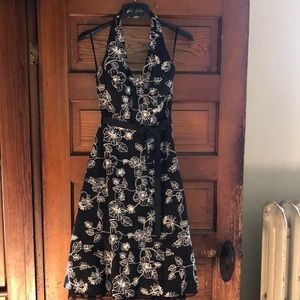 AGB Dresses - Size 6  black and white AGB Dress